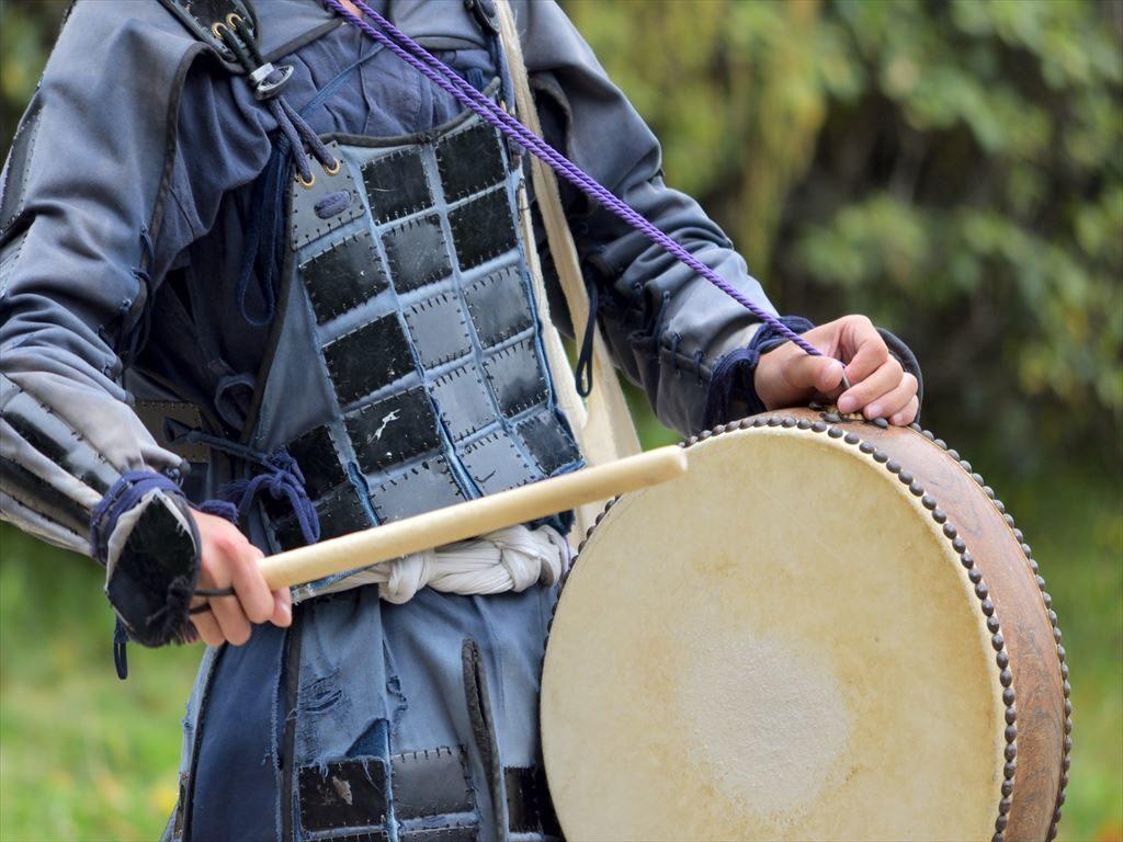 鋲止め太鼓の起源